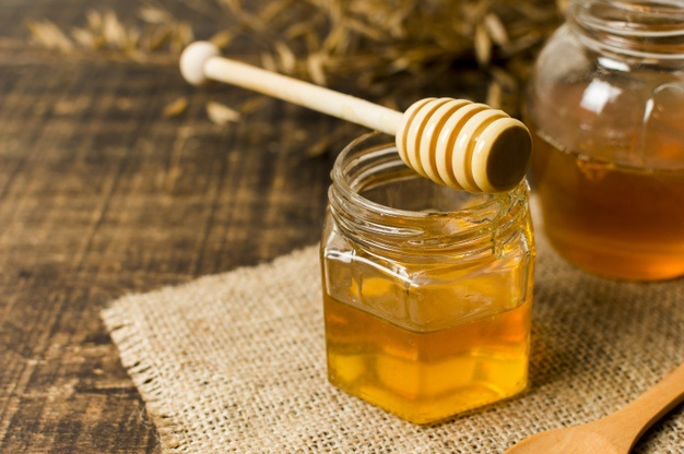 Read more about the article Honey – Benefits, Uses and Its Side Effects